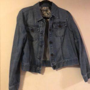Liz Claiborne darling jean jacket. Large